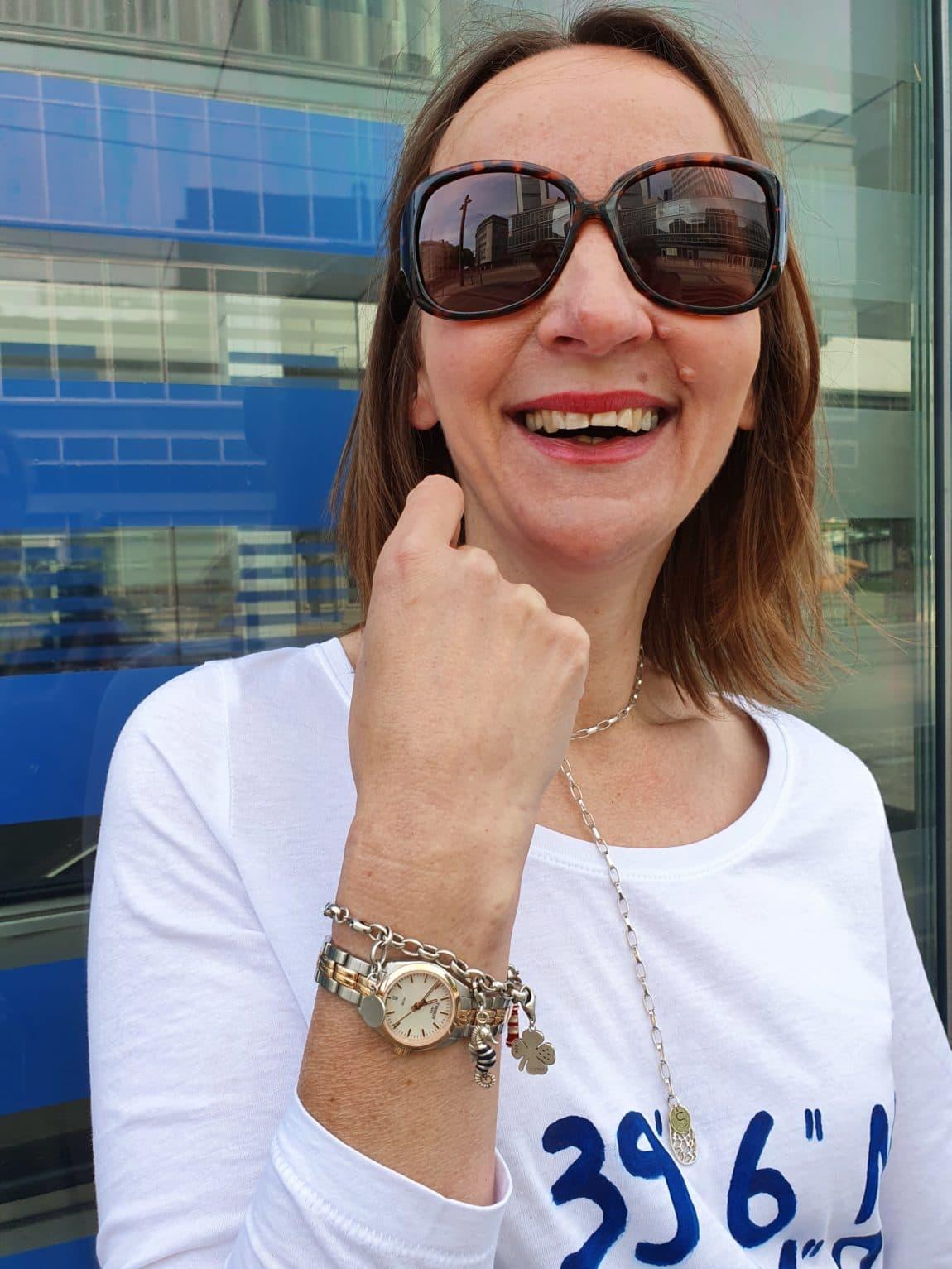 Damen-Uhren-online-kaufen_damen-edelstahlarmaband-tissot-uhrenzentrum-oceanblue-style.jpg