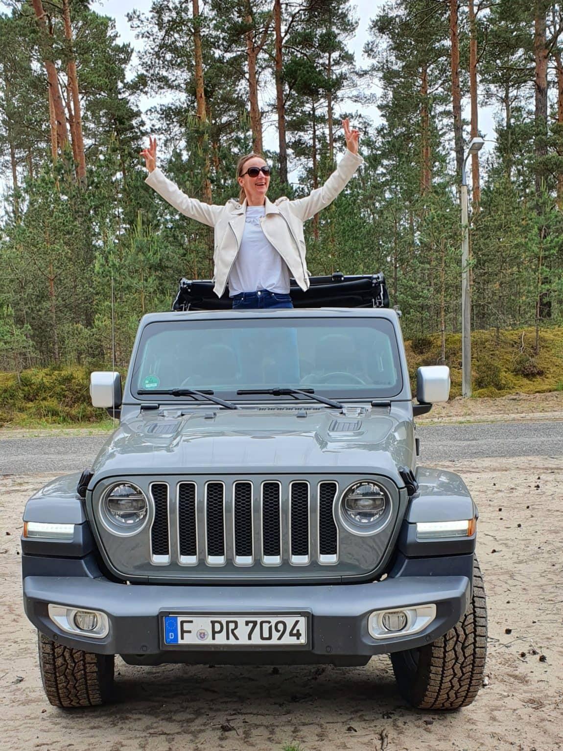 2020-falken_reifen-jeep-blog-ue50-oceanblue-style.jpg