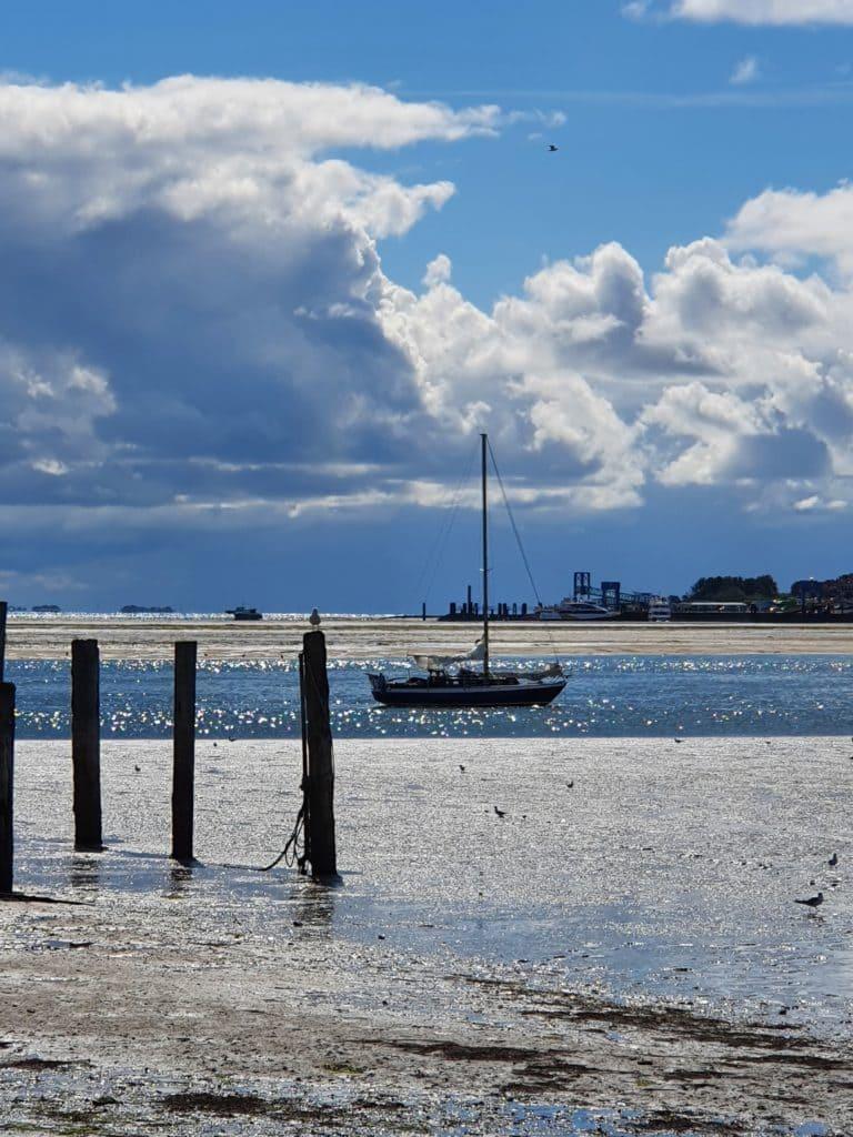 mut-zur-stille-insel-urlaub-nordsee-blog-ue50-oceanblue-style.jpg