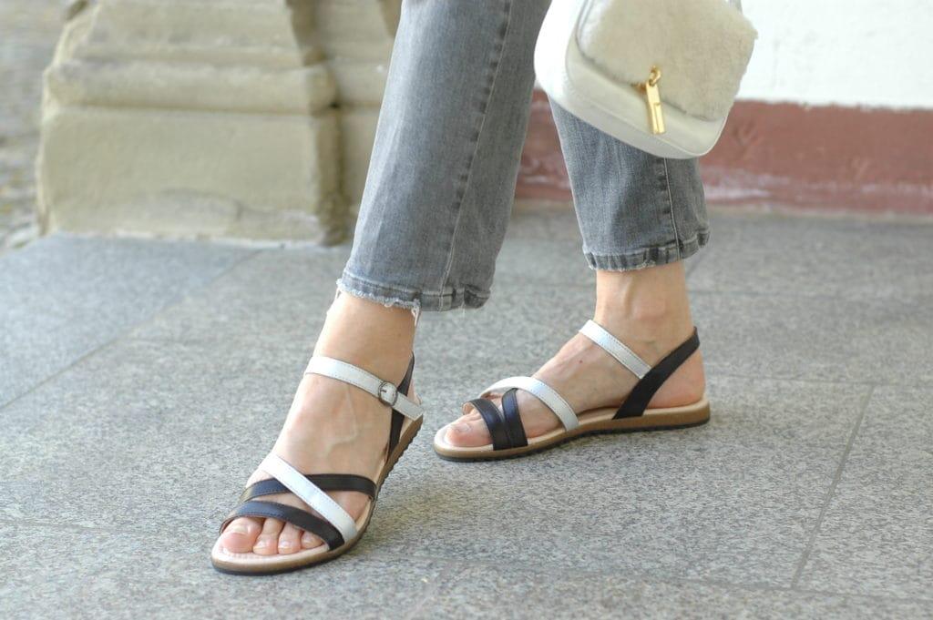 Blouson-kombinieren_mode-ue50_jeans-grau_blog_Oceamblue-style (13)
